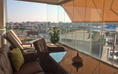 Cortinas de cristal para oficinas en Alicante