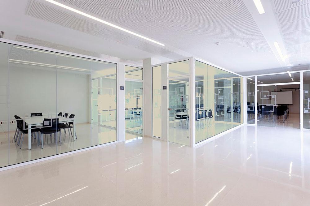 Cortinas de cristal para oficina en Alicante